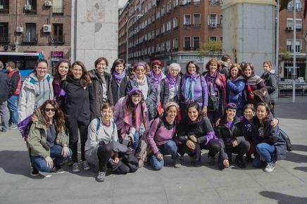 Feministas haciendo barrio